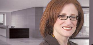 Carolyn D Richmond