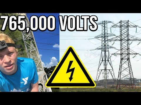 VIDEO: Morons CLIMBING LIVE POWER LINES: MASSIVE ELECTRICAL TOWER. NOT SAFE