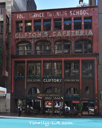 Dtla Eats Cliftons Cafeteria A Unique Dining Experience Totally La