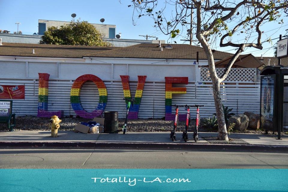 gay love sign