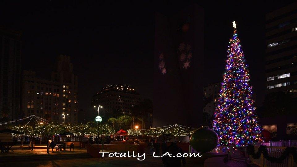 Pershing Square Christmas Tee