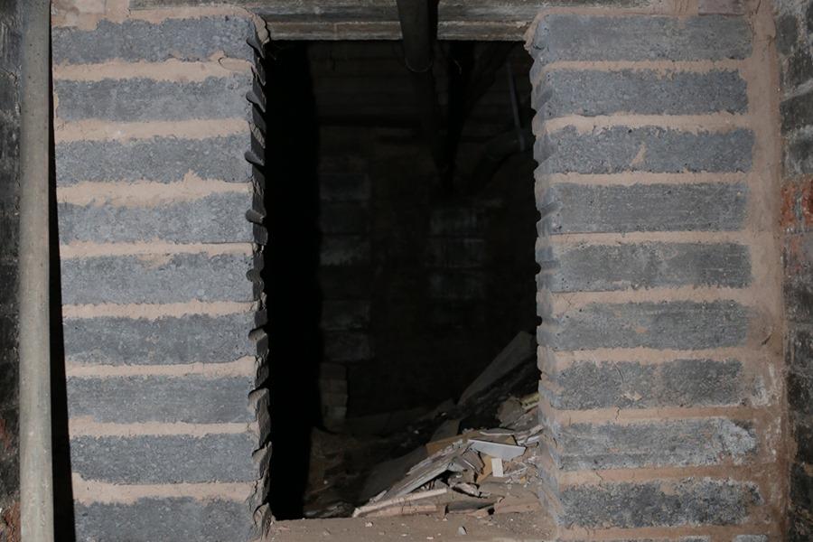 On the left of the corridor – Source: Imgur/ demc7