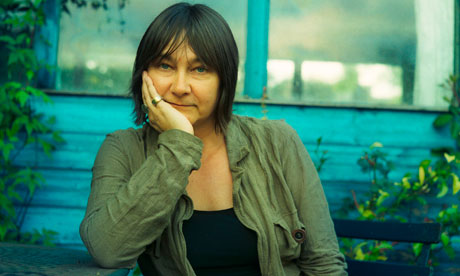Ali Smith wins the 2014 Goldsmiths Prize for
