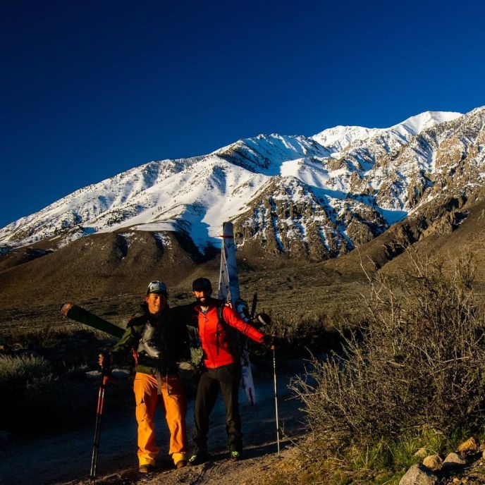 """Jason and I pose for a """"before"""" photo below Mt Tom. It might be hard to believe but after nearly 14 hours and 9,000 ft of hiking our smiles were still just as big!"""