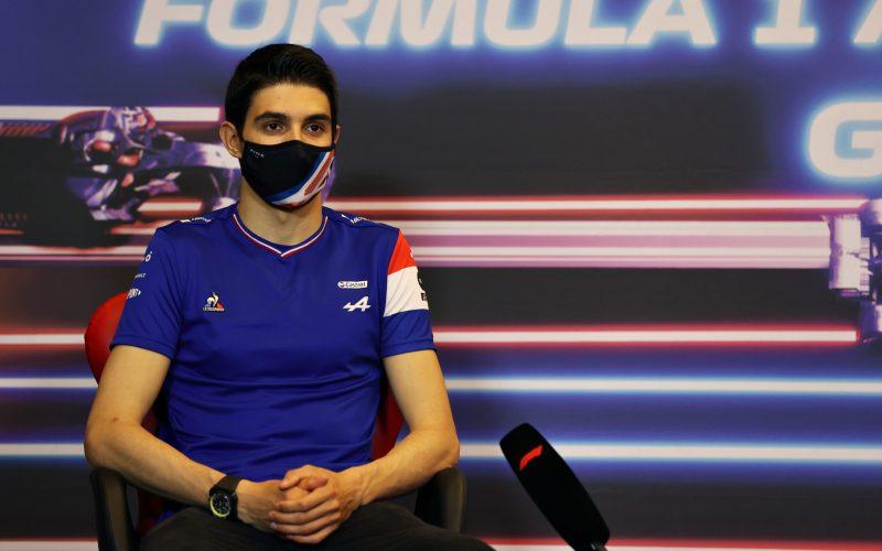 Έως και το 2024 θα παραμείνει στην ομάδα της Alpine o Esteban Ocon, όπως ανακοίνωσε επίσημα η Γαλλική ομάδα.