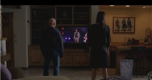 Breaking Bad watches VMAs