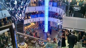 carnival-horizon-lobby