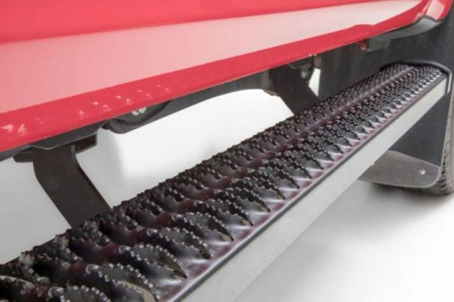 "LUVERNE Truck Equipment: SlimGrip 5"" Running Boards"