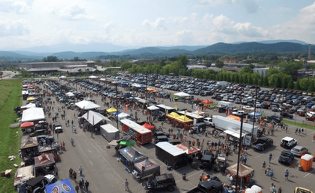 Get a Sneak Peek at the Keys to Ride Jeep at Smoky Mountain Jeep Invasion!