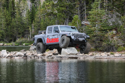 """Rancho (RS66127BR9): """"Level It"""" 1.5"""" Suspension System for 2020 Jeep Gladiator Rubicon"""