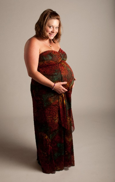 Image shows an example labor gown or maternity gown.