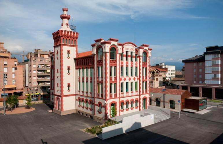 LA FARINERA - Centre d'Arts Visuals de Vic - TOT CURSOS