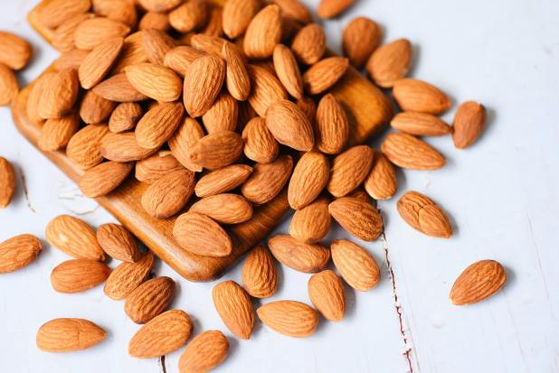 Almonds nuts - Are Nuts Healthy for Me to Eat