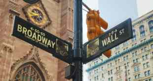 Vacay For Less Highlights Best Broadway Shows for New York Guests