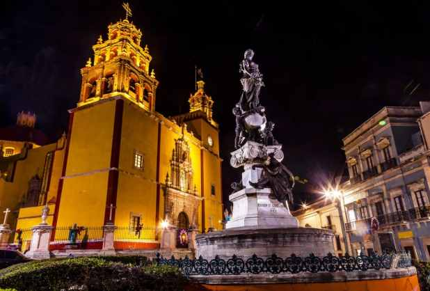 Our Lady of Guanajuato Paz Peace Statue Night Guanajuato Mexico