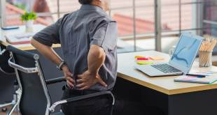 How to Crack your Lower Back (3)