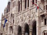 ハンガリー国会議事堂、213年