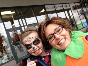 Linda Richer of Robert Richer Jewellers with contest winner from last years Dorval Mainstreets Halloween event.