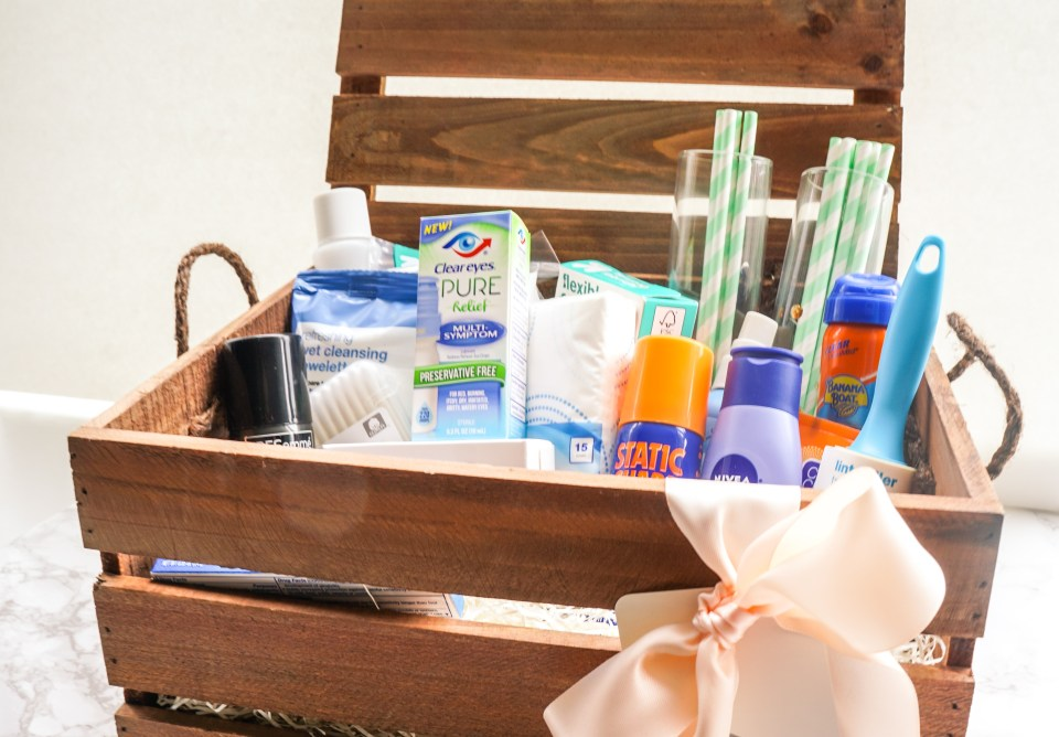 Wedding Day Emergency Kit To Travel And Beyond Wedding Wednesday Link-up