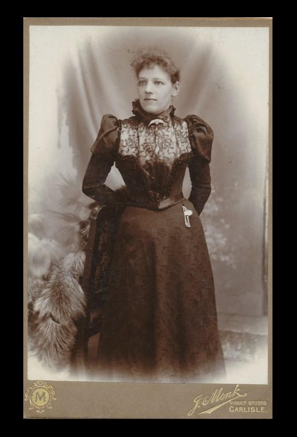 Maggie Davidson (1870-1950) – my husband's great-grandmother