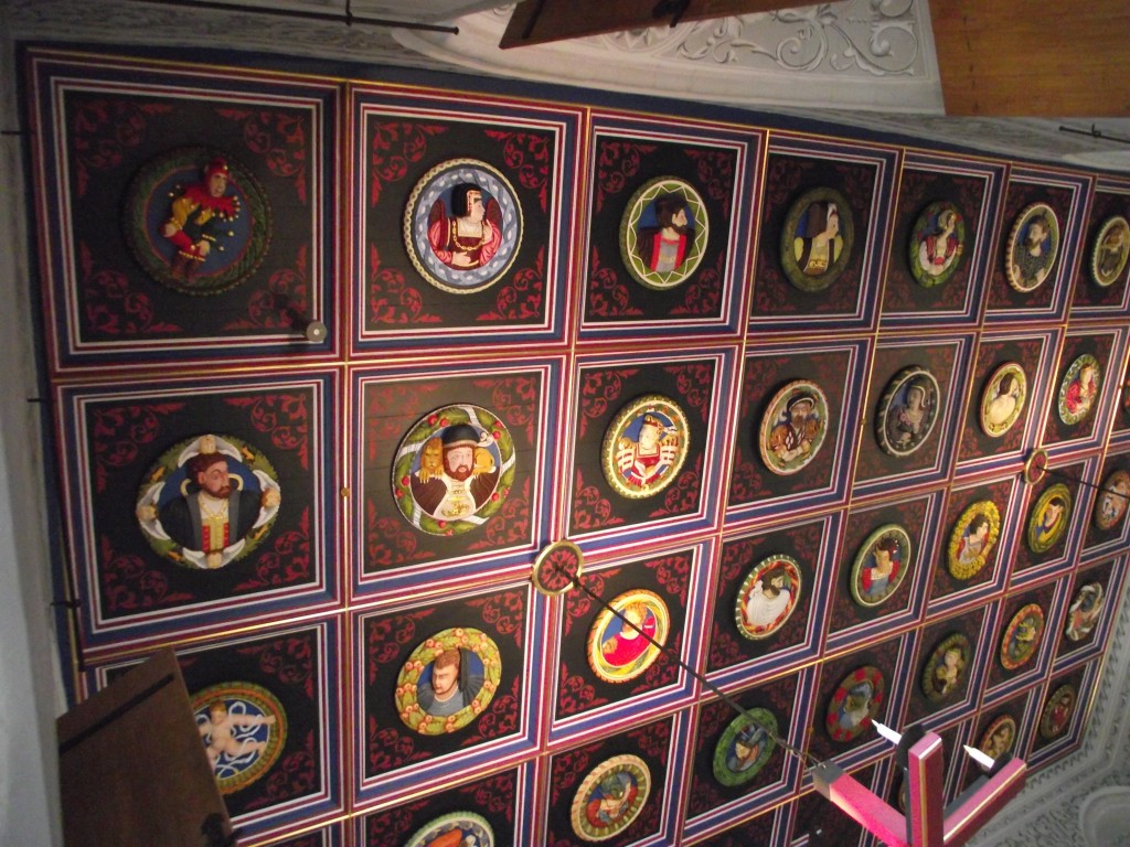 The Stirling Heads – painted replica heads in the Great Hall