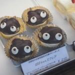 【ホンダコンフェクト】岩美駅から徒歩1分。可愛いスイーツが並ぶ老舗ケーキ店 -岩美町