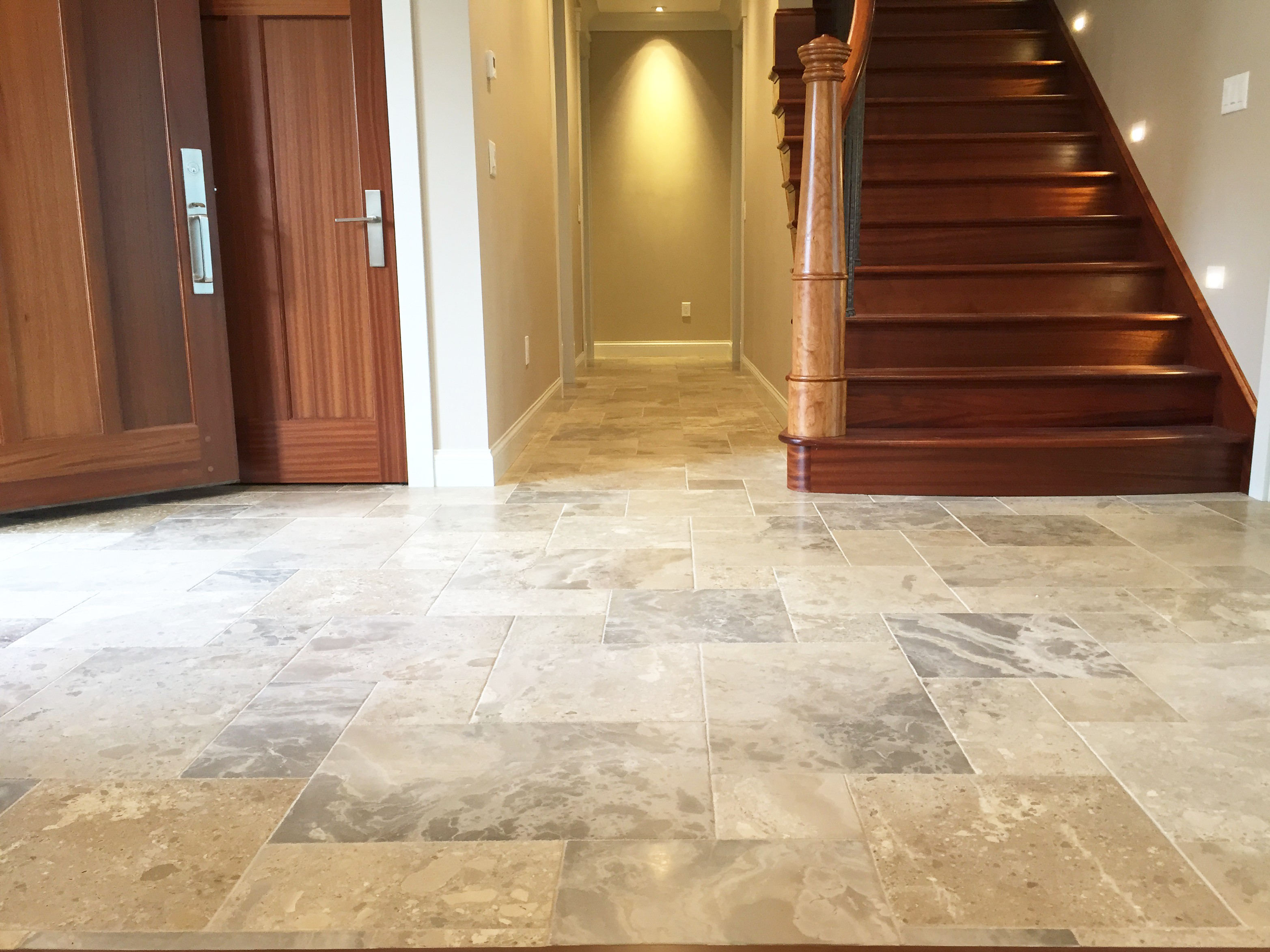 Floor tile installation MN | TOUCHDOWN TILE