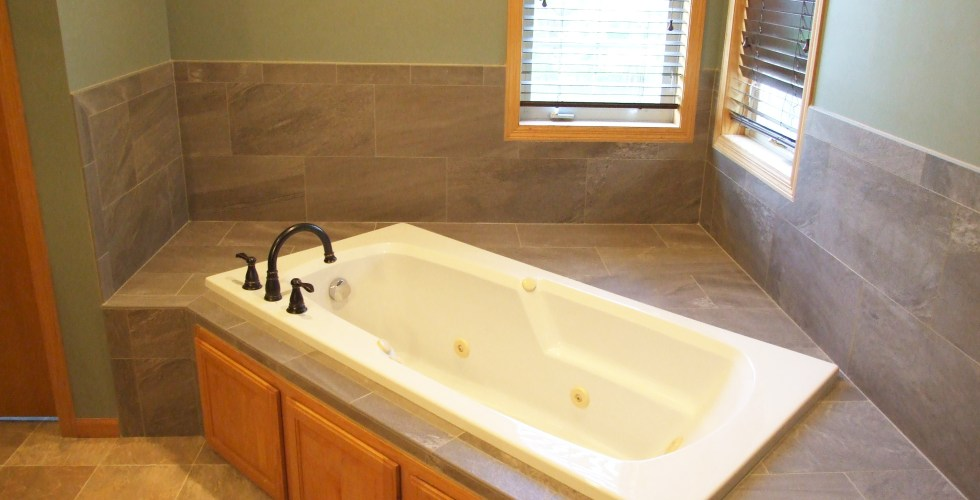 Whirlpool Tile Surround Install 171 Touchdown Tile