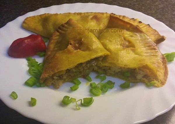 Pikant und schnell gemacht- Jamaikanische Chicken-Patties