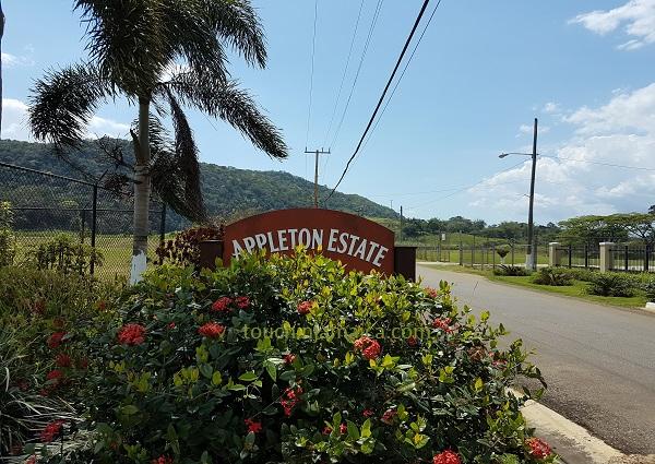 Appleton Roadsign