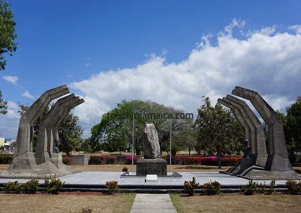 Paul Boogle und George William Gordon haben ein gemeinsames Denkmal im National-Heroes-Park in Kingston.