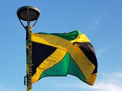 Grün schwarz rote Flagge von Jamaika.