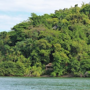 Boosfahrt durch die Blue Lagoon in Jamaika