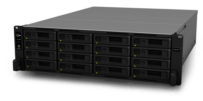 Synology RS2818RP+ 04-001_nowat