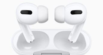 apple-airpods-pro-1_nowat