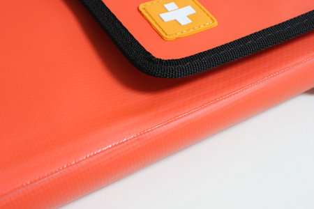 simplism_outdoor_bag_for_ipad_2.jpg