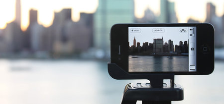 glif_iphone4_camera_mount_stand_0.jpg