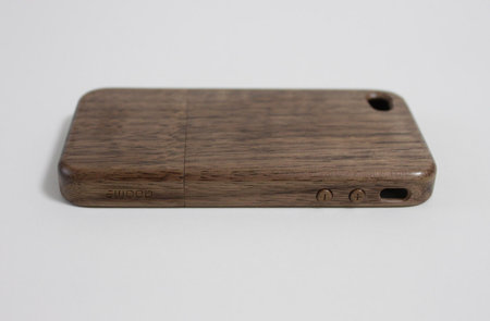 wood_case_for_iphone4_2.jpg