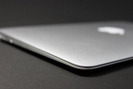 macbook_air_refurbished_4.jpg