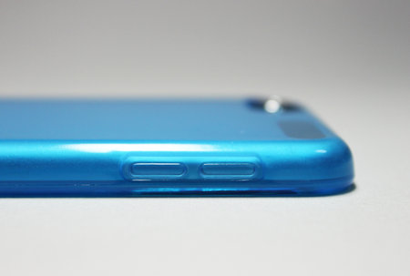 softshell_for_ipod_touch_5th_6.jpg
