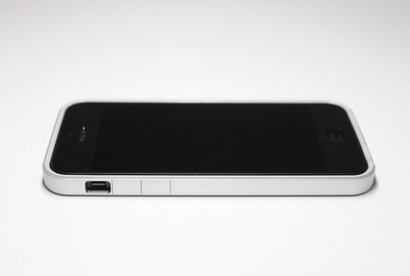 flat_bumper_for_iphone5_11.jpg