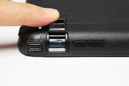 otterbox_defender_ipad_mini_8.jpg