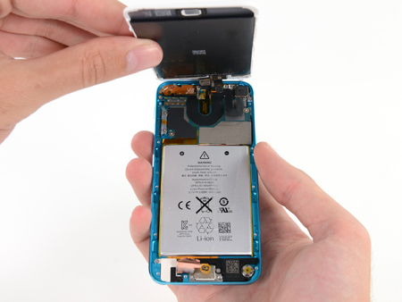 ifixit_ipod_touch_5th_teardown_2.jpg