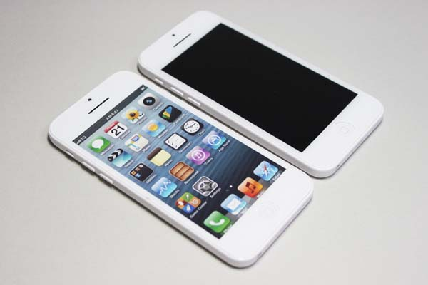 iphone5c_display_mock_14