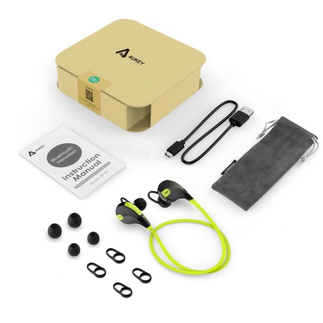 aukey_sports_earphone_sale_4