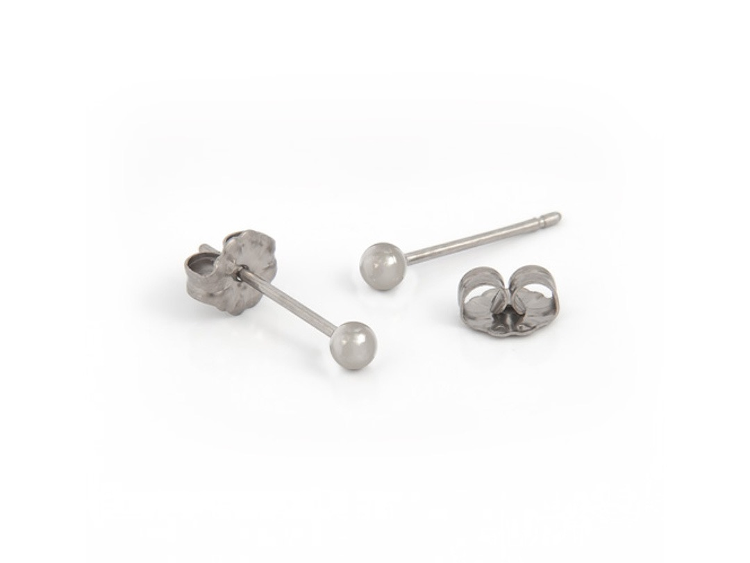 Titanium ball stud earrings 3mm. Hypoallergenic earrings available from TouchTitanium.com