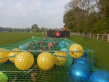 Hindernislauf England, Rat Race Dirty Weekend 2016, Hindernis Netz school daze