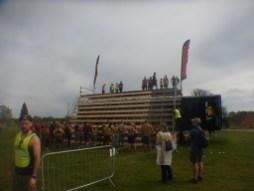 Hindernislauf England, Rat Race Dirty Weekend 2016, Hindernis Sprungkissen