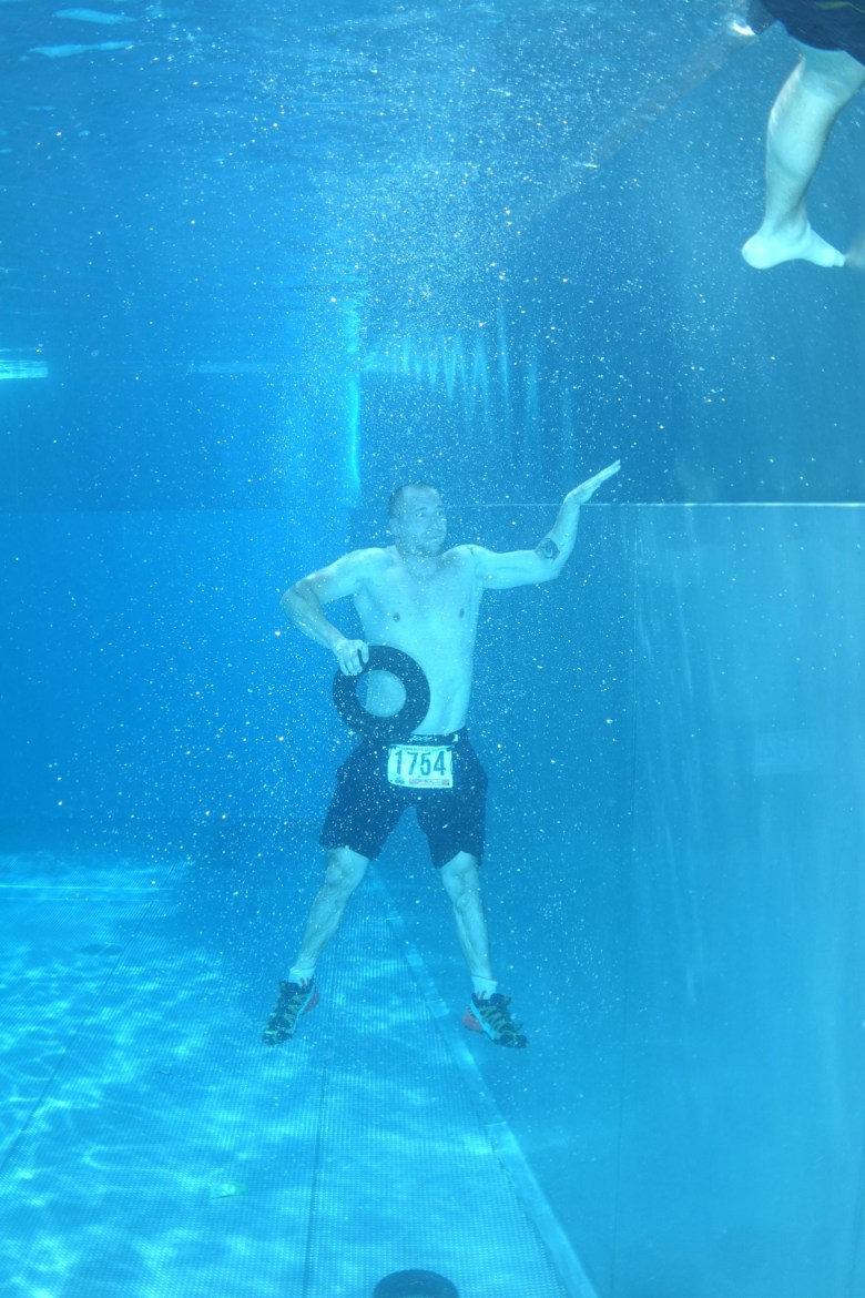 Blaster Run, Hindernislauf Bayern, Underwater Swim