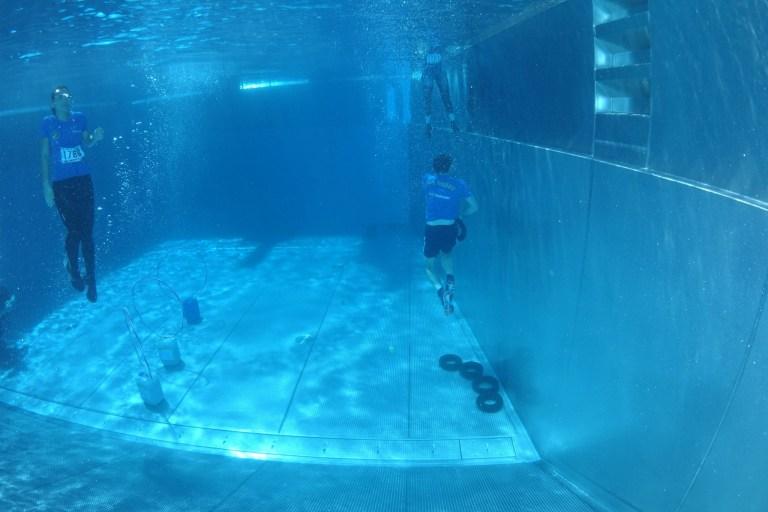 Blaster Run, Hindernislauf Bayern, Unterwasserhindernis Teilnehmer 10